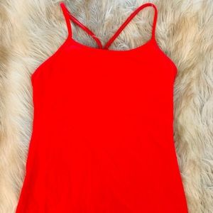 Red lululemon tank. Lightly worn size 6